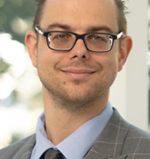 Dr. Dominik Milani